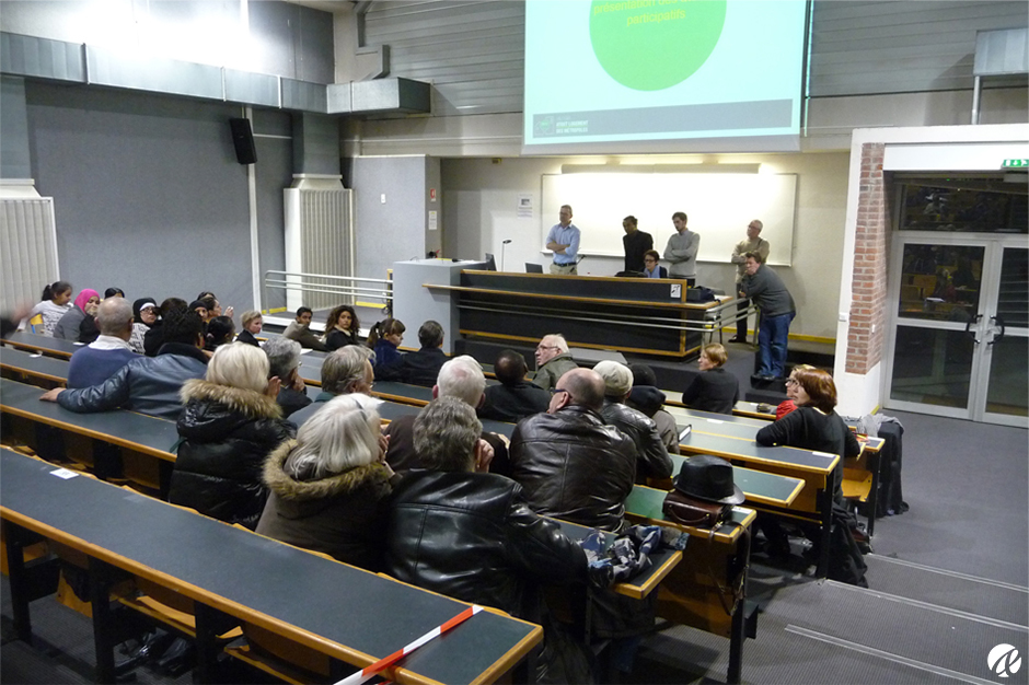 Organisation et animation de réunions publiques